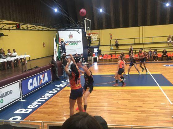 FotoCamilaCosta 5 560x420 - Com apoio da torcida, São Bernardo/Instituto Brazolin/Unip vence a primeira partida na LBF