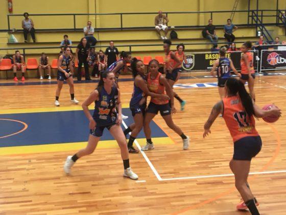 FotoCamilaCosta 7 560x420 - Com apoio da torcida, São Bernardo/Instituto Brazolin/Unip vence a primeira partida na LBF